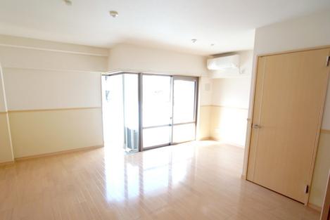 ウィステリア櫻小路 205号室